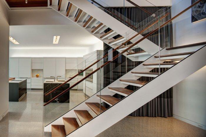 luxurious-contemporary-home