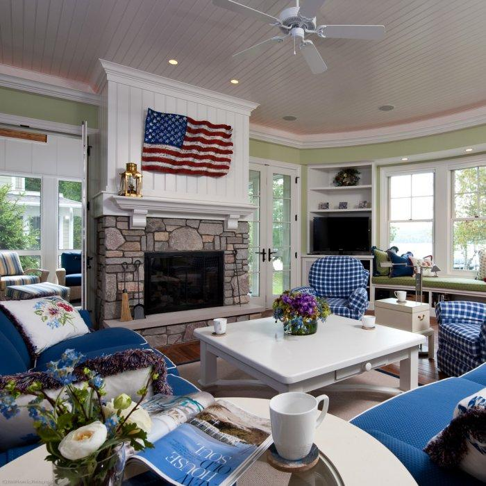 Patriotic American interior with the US flag above the fireplace & 4th of July Home Decorations in Americana Style | Founterior