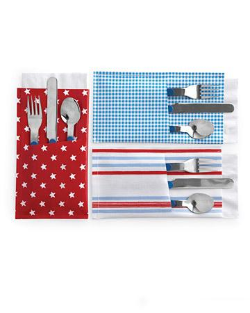 Patriotic Pockets for silverware at the 4th of July table setting