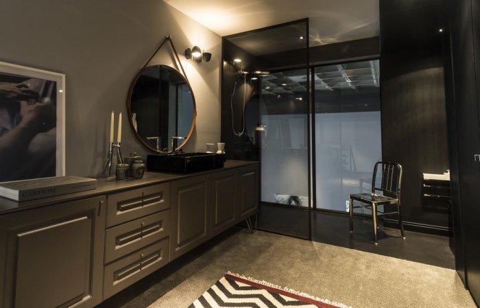 Stylish luxurious bathroom interior design in a contemporary loft in Brazil
