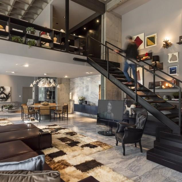 Artwork and Contemporary Interior Design in a Modern Loft