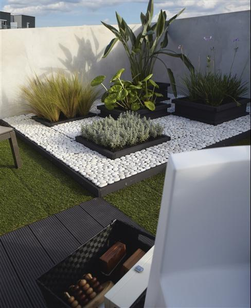 Minimalist garden and landscape design ideas founterior - Decorations de jardin ...