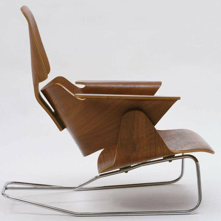 Creative lounge chair made of wood