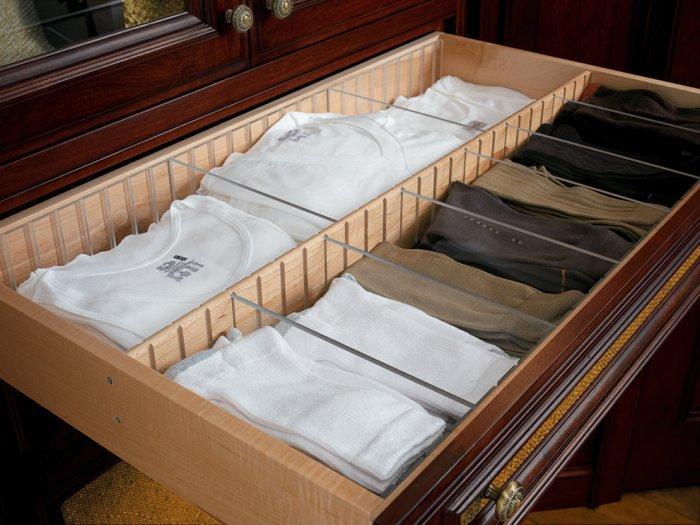 Drawer dividers inside a bedroom closet