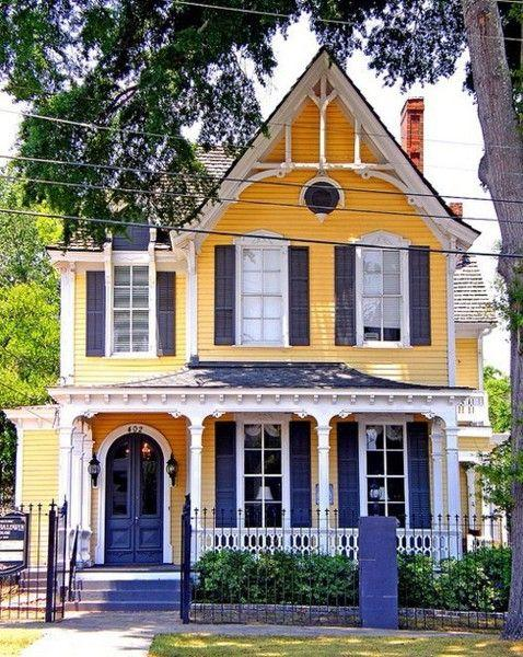 Fresh Victorian house in yellow and violet