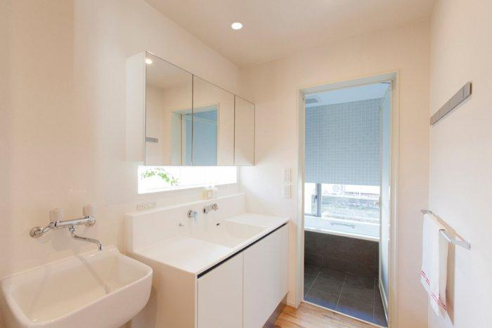 Japanese minimalist bathroom in a tiny house