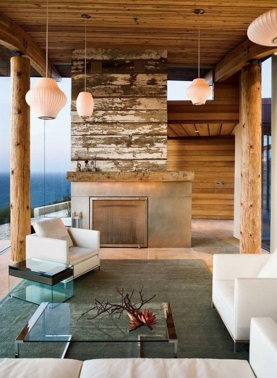 Lakeside mountain log cabin with awesome view towards the water