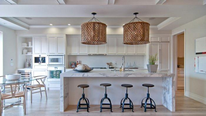 Marble kitchen island with modern bar stools
