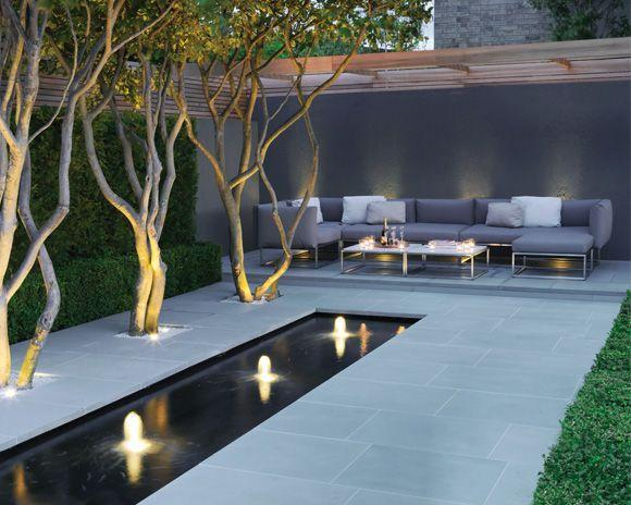 Minimalist garden and landscape design ideas founterior for Modern garden pond designs