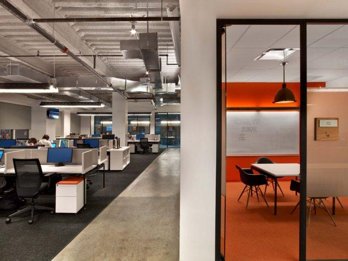 Modern working areas designed in an open space interior type