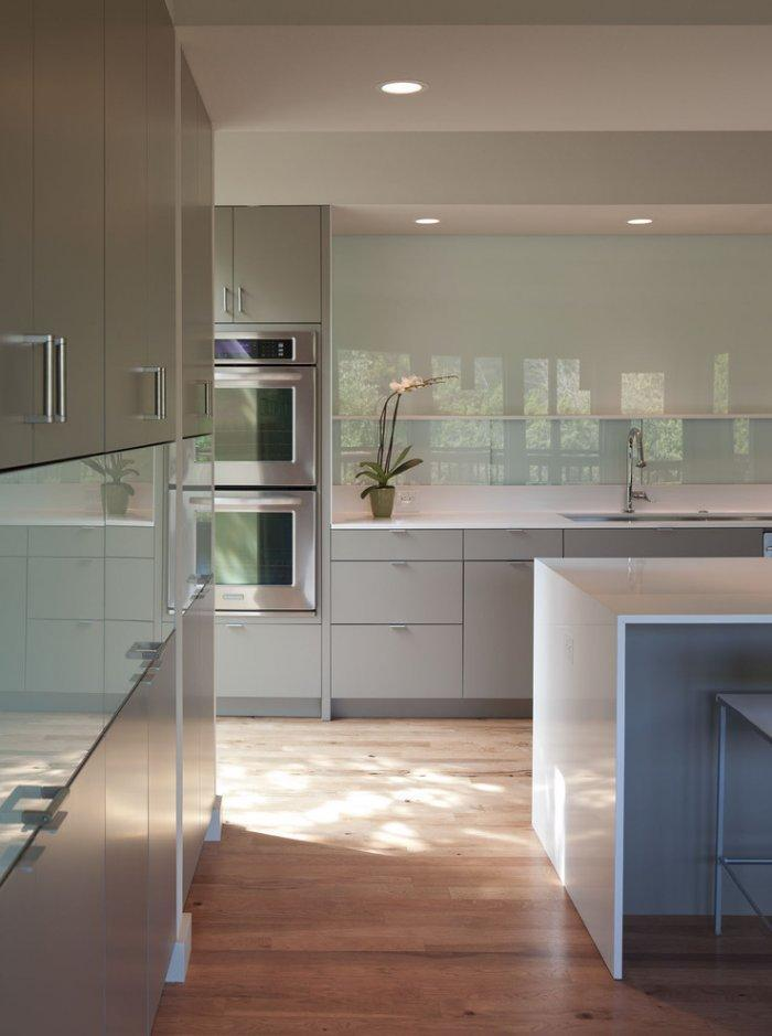Simple modern interior in a elegant kitchen