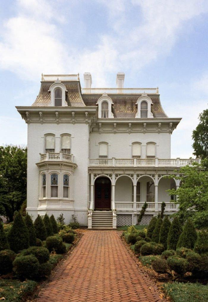 Victorian house images old vintage traditional etc for Tiny house mansion