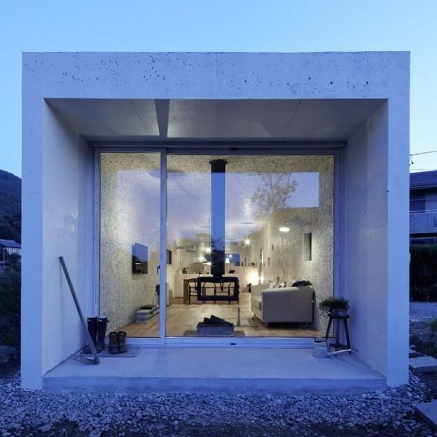 Japanese Minimalist Small House Interior and Architecture
