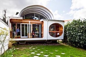 Modern Futuristic Home Interior Design and Architecture