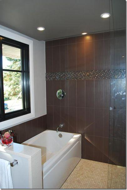 Brown tiles - for wall application in front of the bath tub