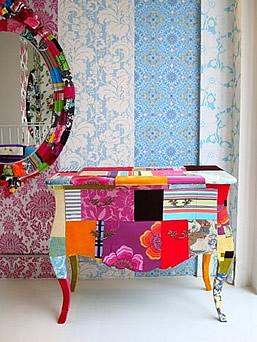 Colorful drawer and a mirror that create happy mood