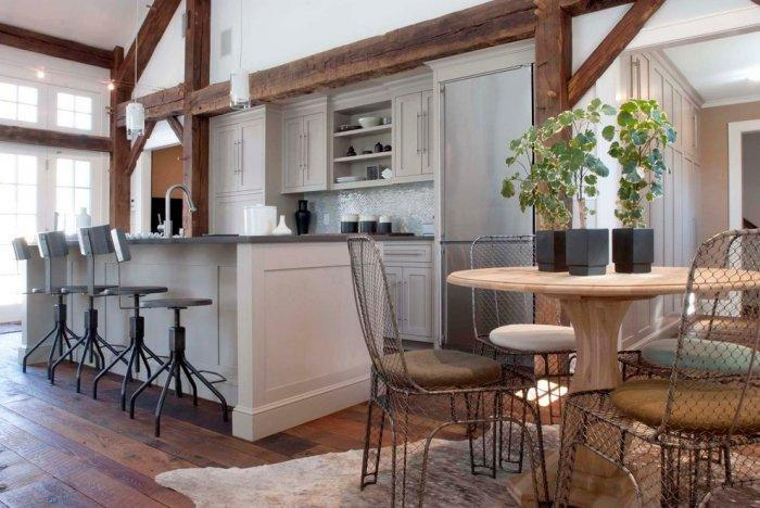 Contemporary barn kitchen - with island and bar stools
