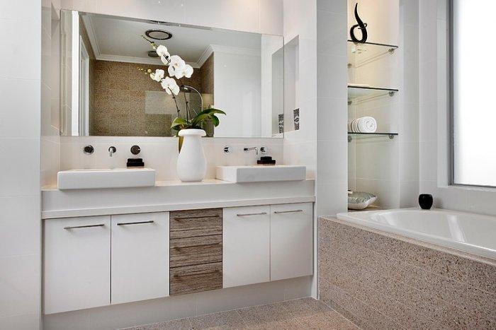 Contemporary bathroom design in a coastal home in Australia