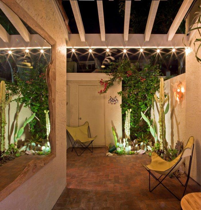 Contemporary pergola - it connects the inner and outer parts of the townhouse