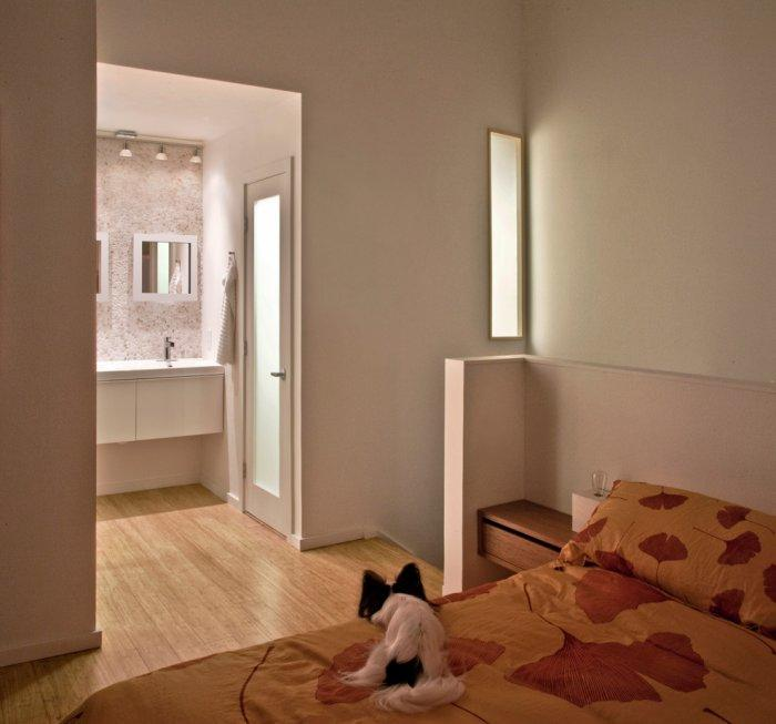 Contemporary small bedroom - with bathroom attached to it