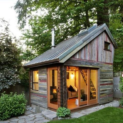 Garden Shed for guests and relaxation