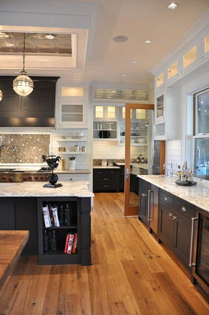 Marble countertops - in a spacious kitchen