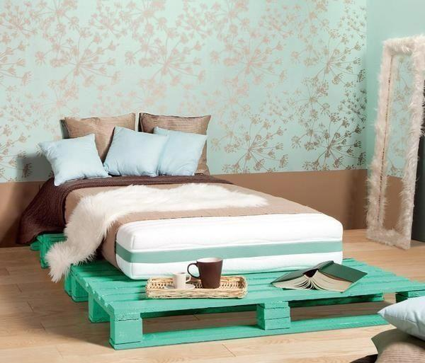 Palette bed - in cyan color and soft mattress