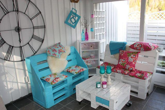 Palette sofas - in cyan and white colors