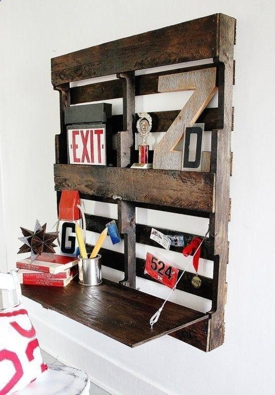 Palette wall shelves - unique and creative home usage