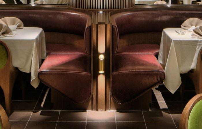Restaurant architecture - modern lighting solutions inside the main volume
