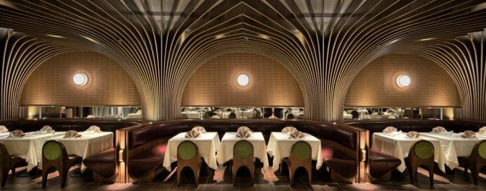 Restaurant architecture - the ceiling and its interesting lines