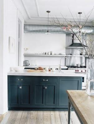 Shabby chic kitchen - in white and blue colors