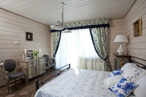 Summer villa - bedroom with lovely draperies and flower inspired motives