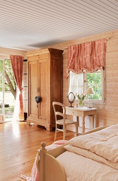 Summer villa - traditional bedroom with creme colors and rustic wardrobe