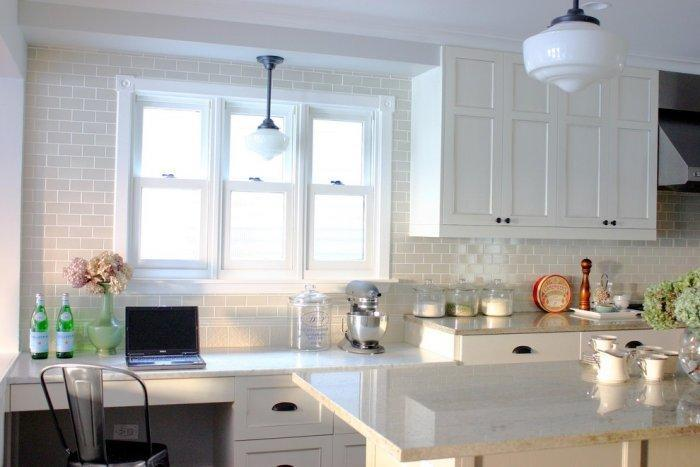 White cottage kitchen - with windows for natural illumination