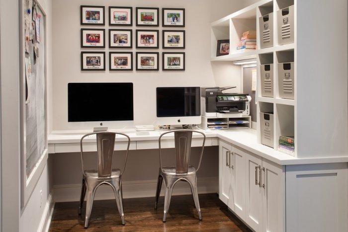 White home office - with traditional interior design