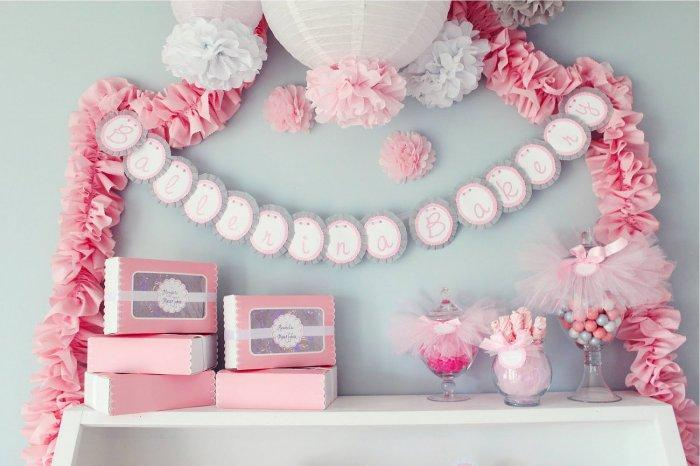 Baby shower garlands - and fluffy items