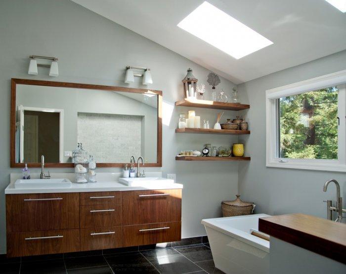 Bathroom floating shelves - in a modern house