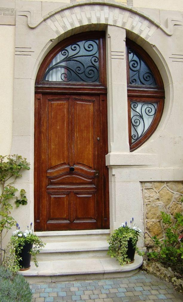 Front doors wood glass modern and double entry doors founterior for Exterior door with round window