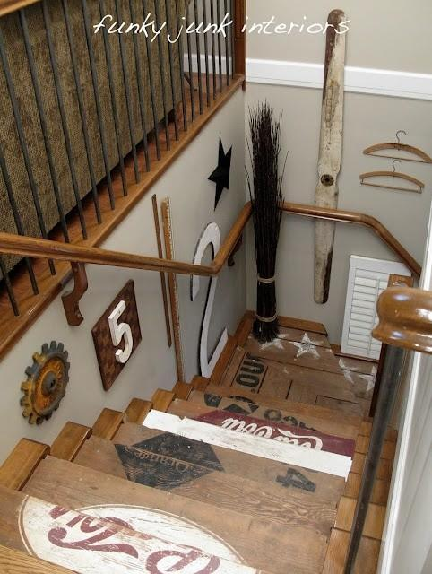 Casual staircase - with lots of decorative items
