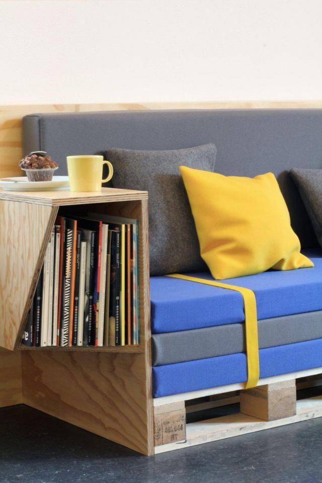 35 pallet furniture ideas sofas chairs tables etc for Pallet living room couch