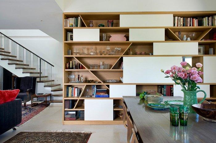 Creative modern bookcase - taking the entire wall
