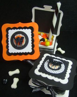DIY Halloween boxes - full of sweets and treats