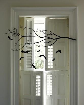 DIY Halloween branches - with small bats attached