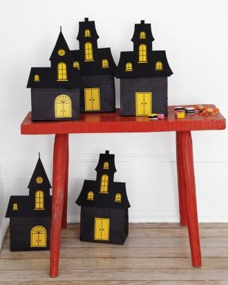 DIY Halloween doll houses - with black roofts and yellow windows
