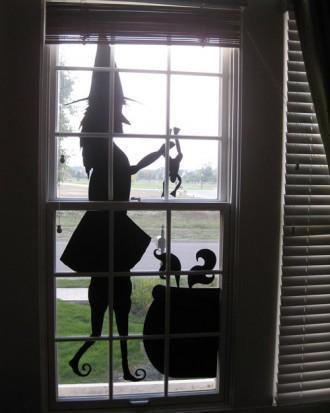DIY Halloween witch shadow - attached to the window