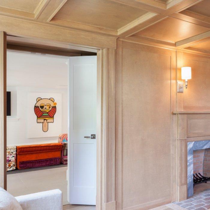 Elegant basement design - in natural pale colors