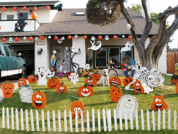 Funny Halloween yard - with pumpkins and other inflatable decorations