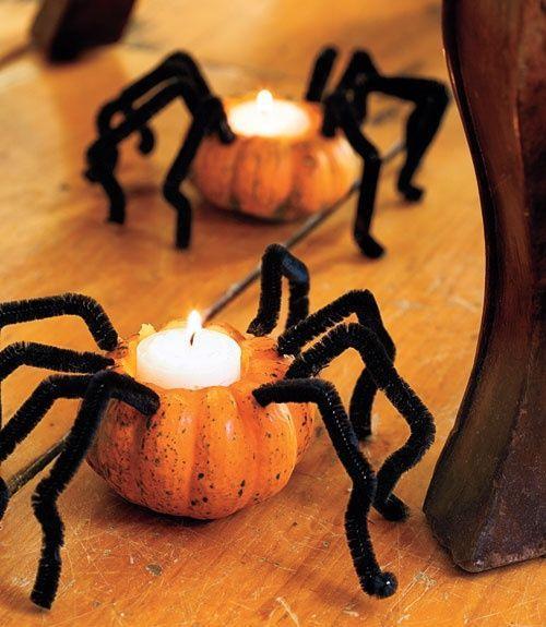 Halloween candleholders - looking like spiders