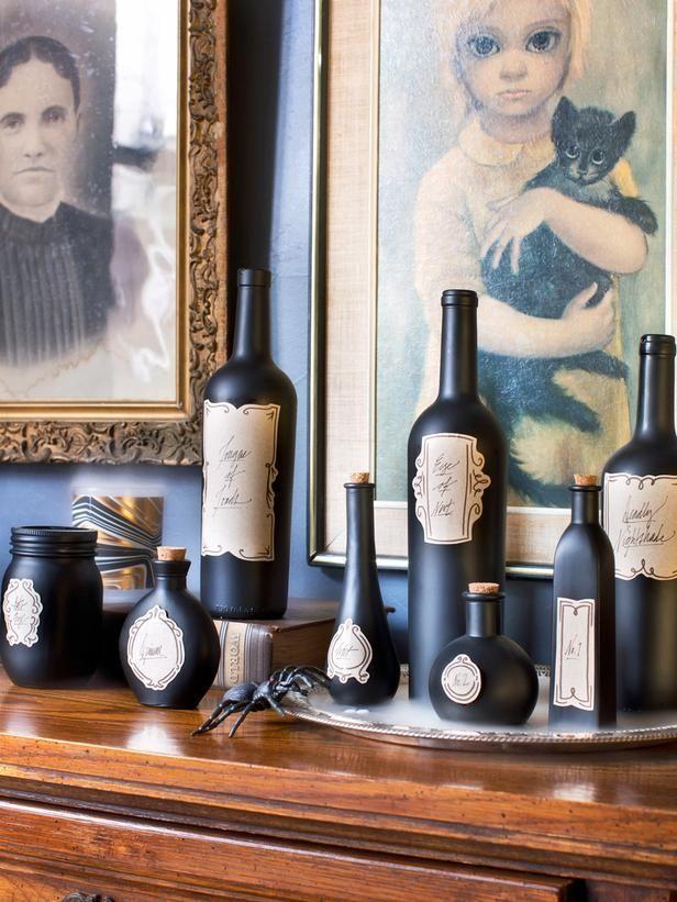 Halloween decorative set - with black bottles